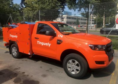 Camion pompage tinguely sur parking suisse canton de vaud